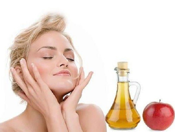 применение яблочного уксуса для лица