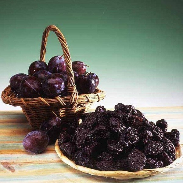 полезные плоды чернослива
