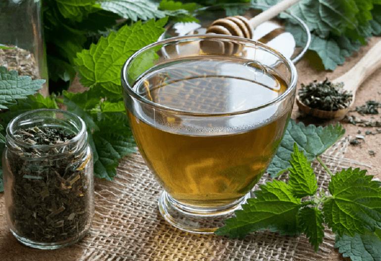 чай с листьями крапивы